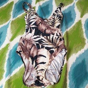 Speedo swim suit size 16 leaf pattern